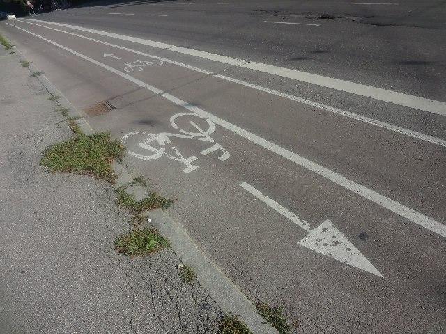 Поездка в Ригу. Дорожки для велосипедистов