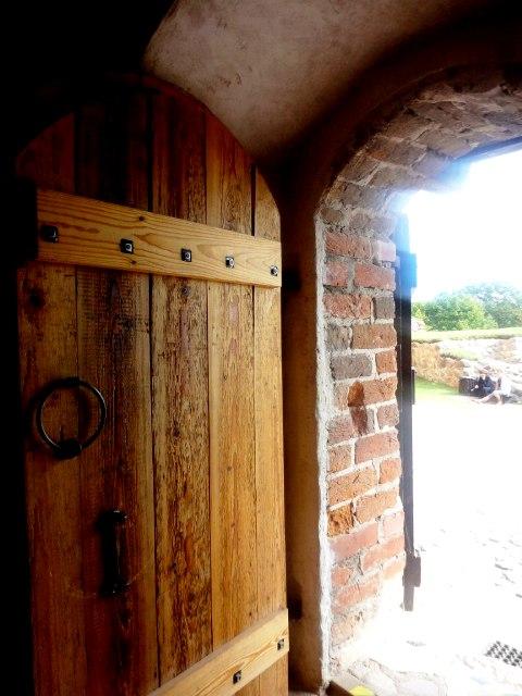 Латвия. Турайдский замок. Вход в музей