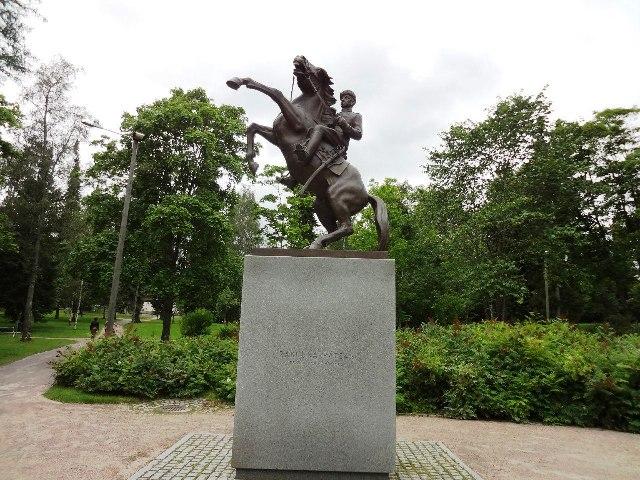 Финляндия. Лаппеенранта. Памятник драгуну