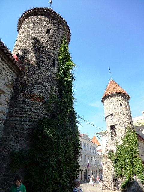 Эстония. Таллин. Крепостные башни