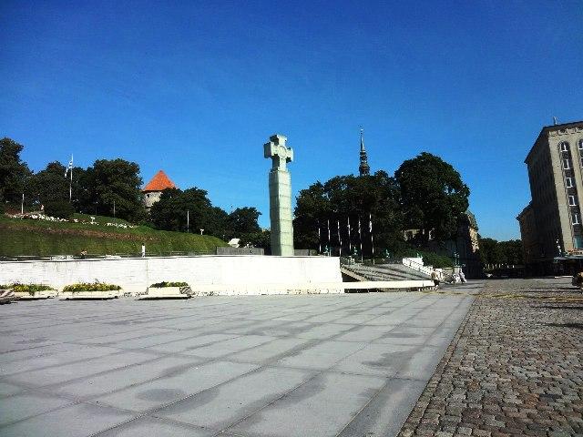 Эстония. Таллин. Монумент Независимости