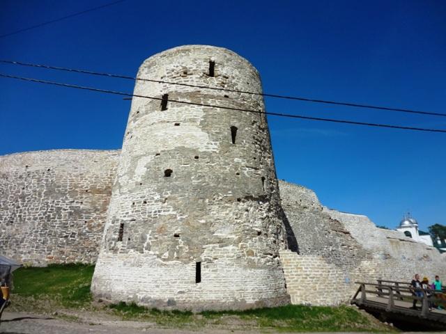 Крепость в Изборске_3
