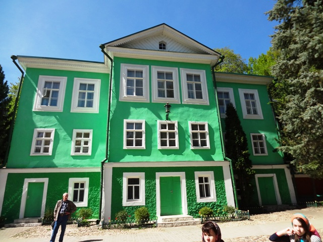 Свято-Успенский Псково-Печерский монастырь_11