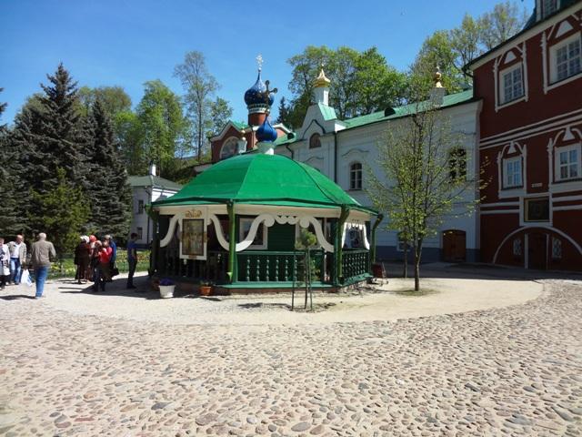 Свято-Успенский Псково-Печерский монастырь_12