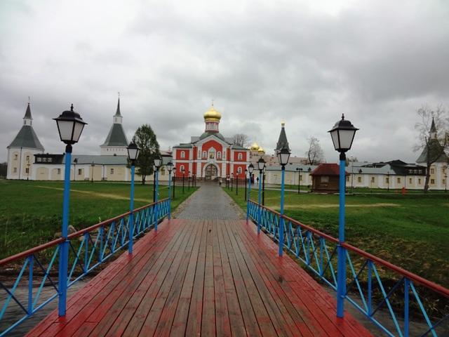 Валдай. Иверский монастырь. Вид с пристани