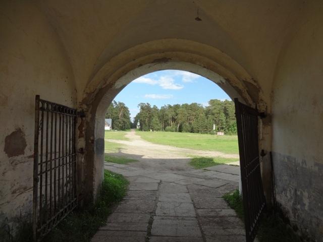 Остров Коневец. Монастырь. Восточные ворота