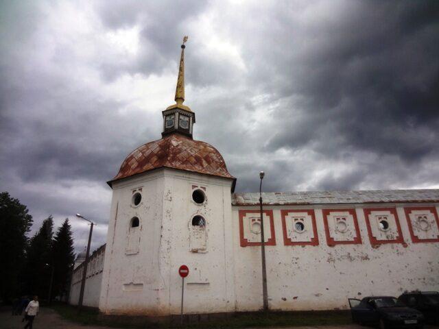 Тихвинский Богородичный у=Успенский монастырь. Стены