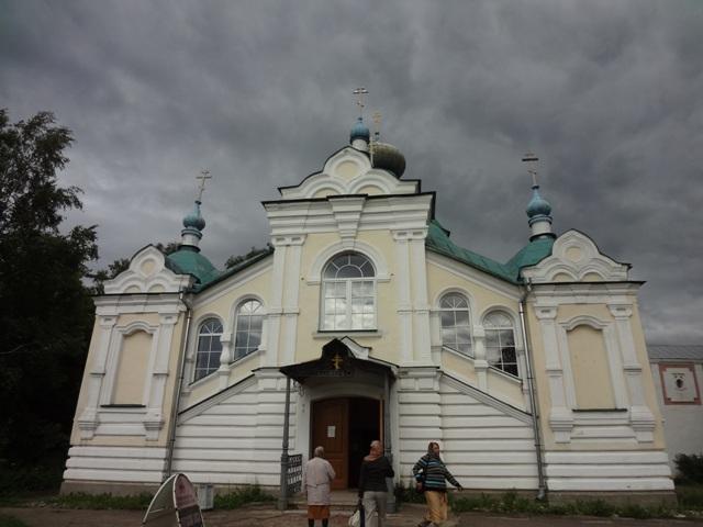 Тихвинский Богородичный Успенский монастырь. Надвратная церковь