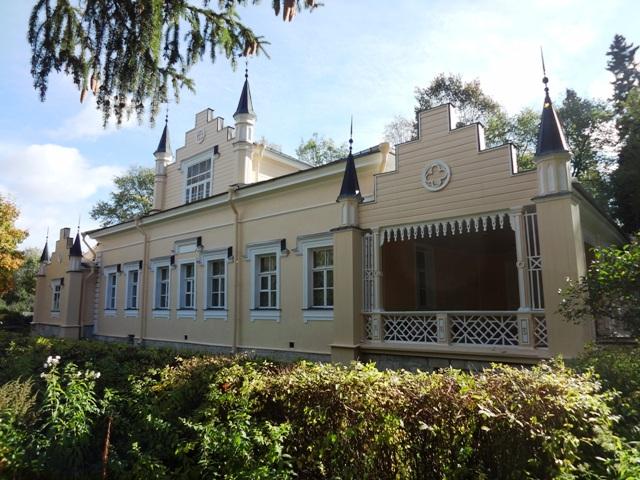 дом Рерихов в Изваре_1